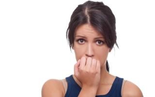 Признаки склерокистозных яичников у женщин и способы терапии патологии