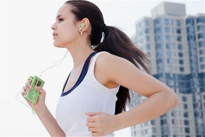 Утренняя пробежка трусцой для лечения новообразований женской половой системы