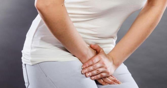 Сильные боли при абсцессе яичника